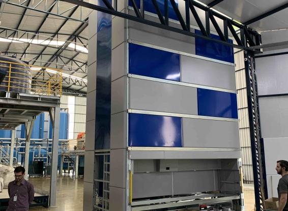 REXFORT - Armazém Vertical Automático VERTUX de 11 metros de altura aplicado a ALMOX DE MANUTENÇÃO